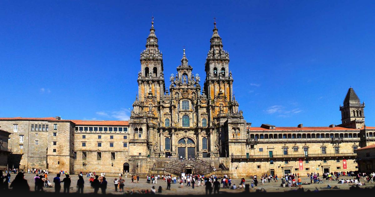 Bargain accommodation, delicious food and disappointing car hire in Santiago de Compostela - Santiago-De-Compostela-Banner-001.jpg