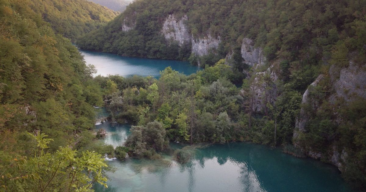 Plitvice Lakes - incredible terraced lakes joined by waterfalls - Plitvice-Banner-001.jpg